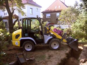 Erdarbeiten-Bau einer Regenwassersickeranlage